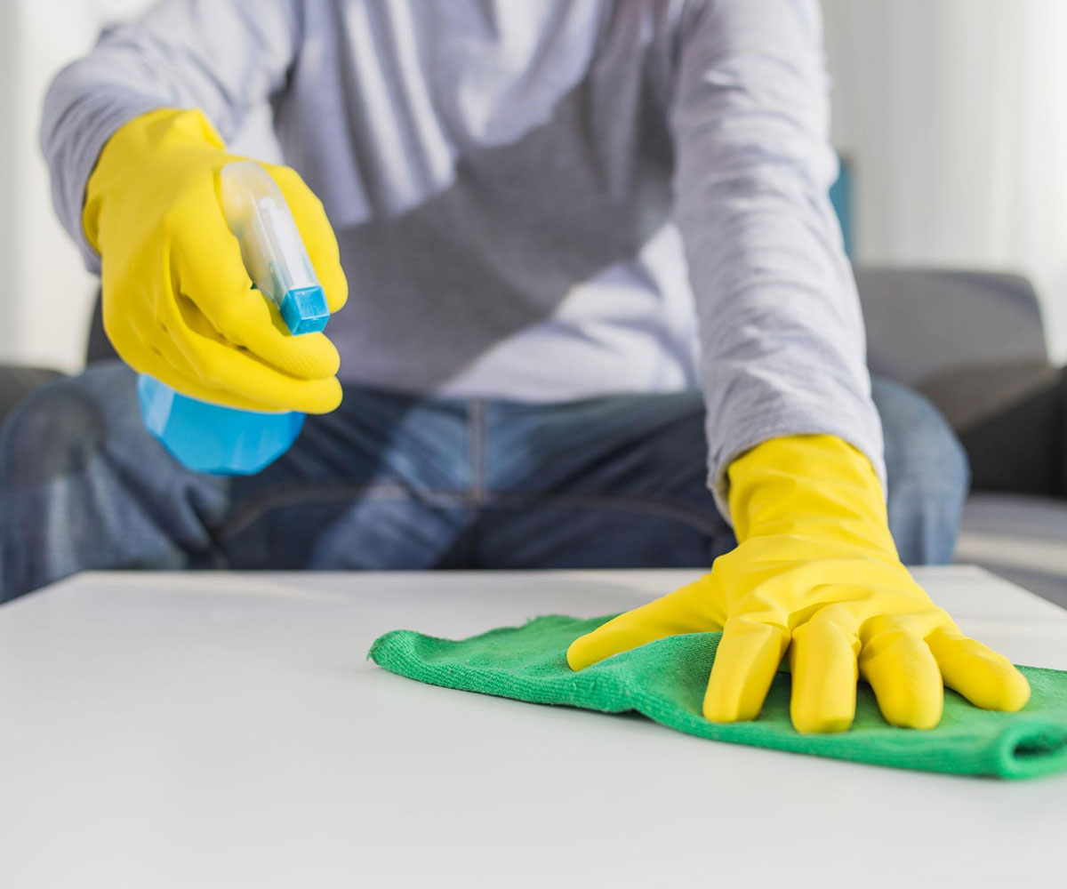 How Should Use a Professional Cleaning Service?